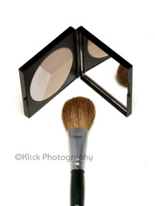 Make up kit © Klick Photography